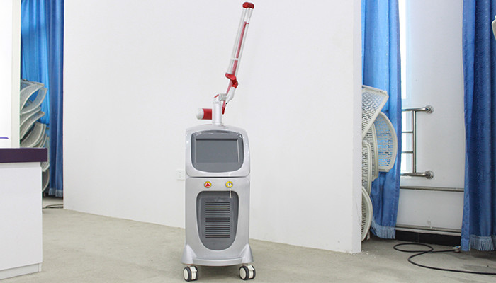 Q Switch ND YAG Laser Tattoo Removal Machine 1064 Nd Yag 532 For Skin Rejuvenation